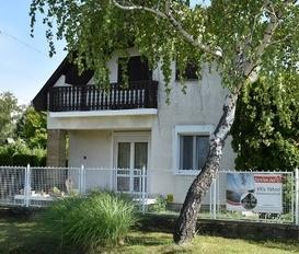 Holiday Home Balatonmáriafürdö