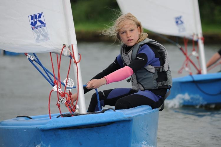 Sailingschool or rental de Kikkert