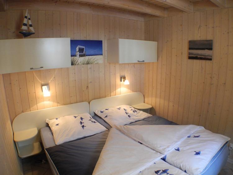 1. Schlafzimmer im Erdgeschoss