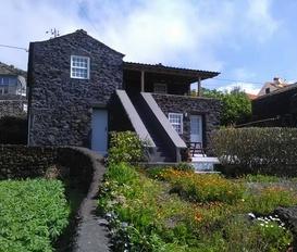 Holiday Home CALHETA DE NESQUIM