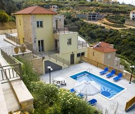holiday villa Maroulas