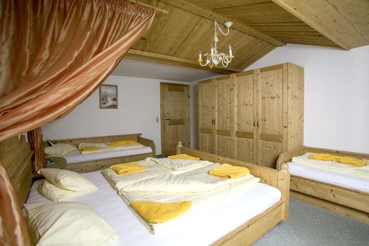 Mehrbettschlafzimmer Romantikferienhaus am Brändle