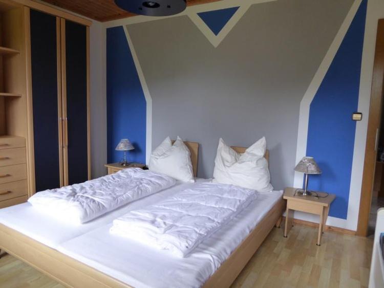 Schlafzimmer 2 Ferienwohnung Edelweisss
