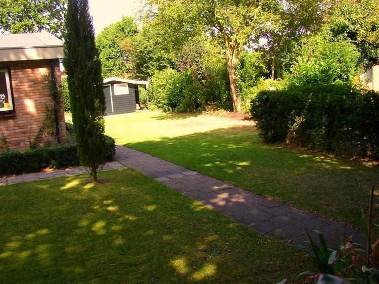 Grosse, private Garten