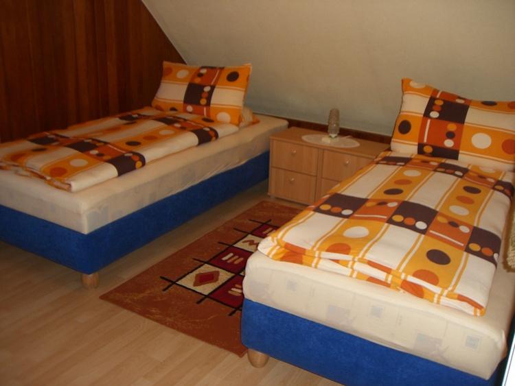2. Schlafzimmer - Kinderzimmer