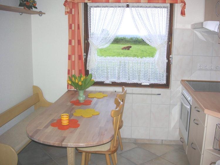 Fewo 2: Die Küche mit Meerblick