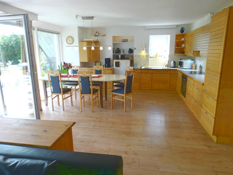 lower appartement with huge table for 12 persons,
