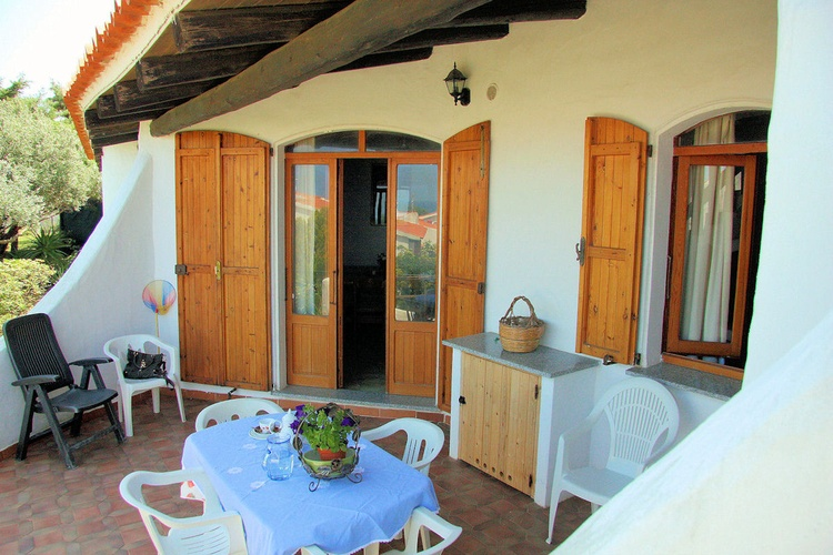 Furnished terrace with barbecue - Sa Fiorida Sardinia