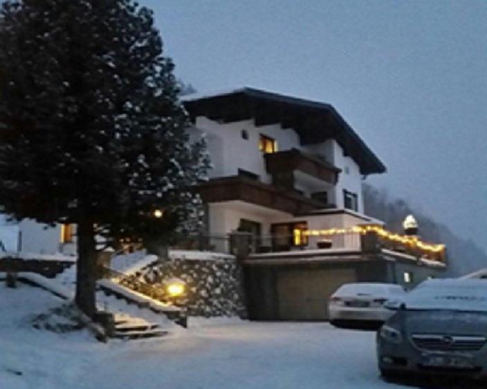Ferienhaus für ca 8 bis 12 Personen mitten im Ski und Wanderparadies Montafon
