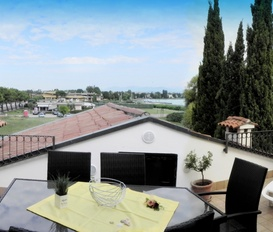 Holiday Apartment Sirmione