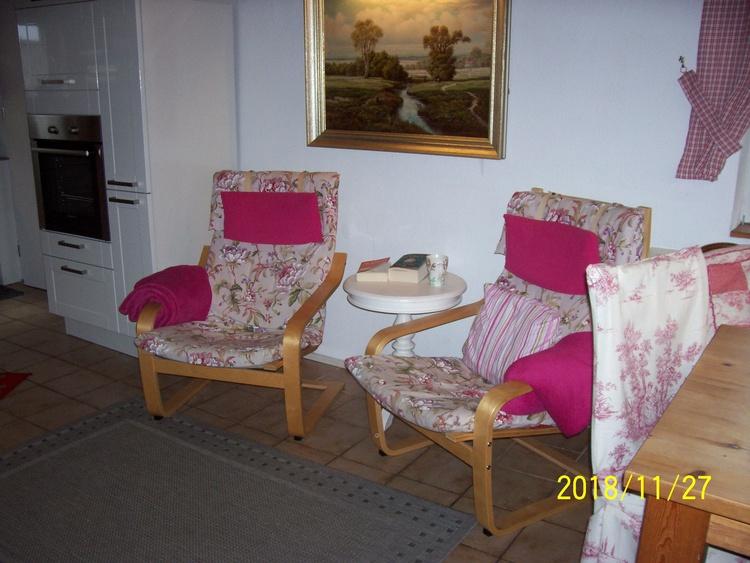Sitzplatz vor dem Kamin