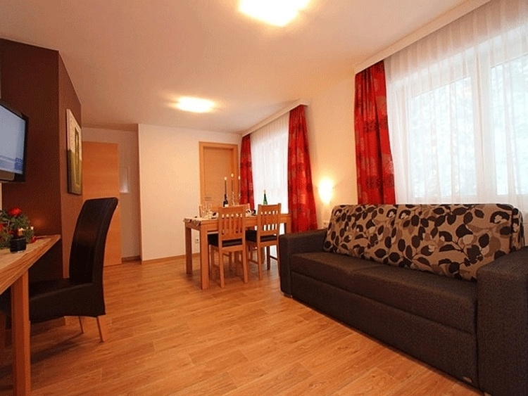 Zimmeransicht Wohnzimmer