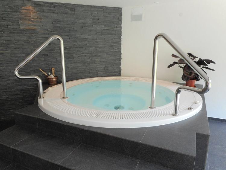 Whirlpool Wellnessbereich
