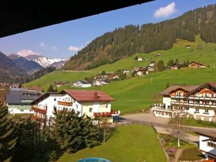 Sommer ausblick von Balkon Apartment Steinbock 516