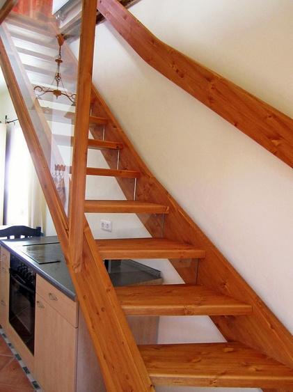 Treppe ins Obergeschoss zum Wohnzimmer