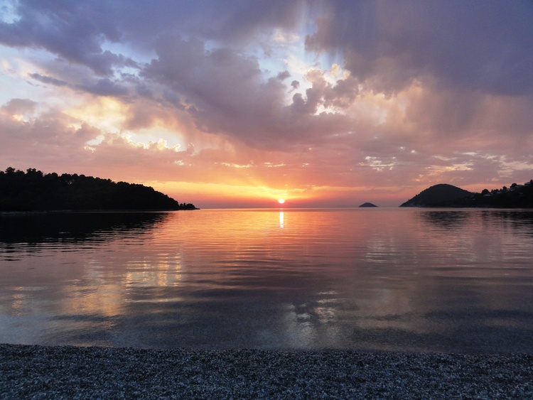 Panormos - traumhafte Sonnenuntergänge inklusive