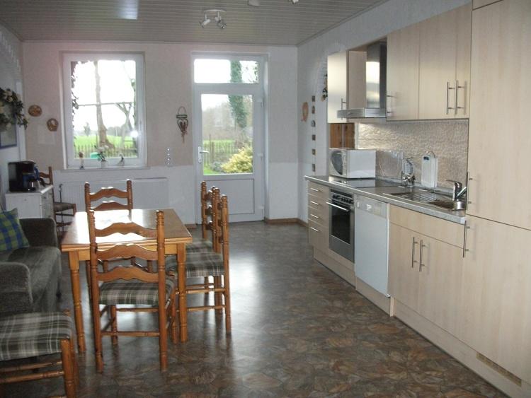 Die Wohnküche der Wohnung Weidenblick