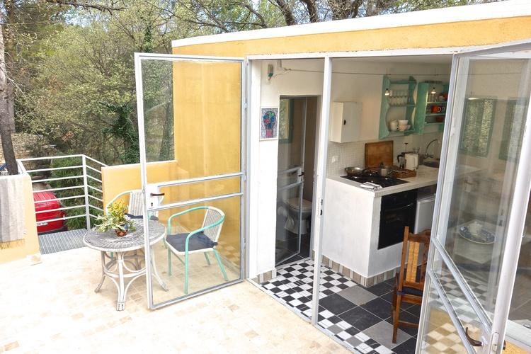 oak apartment for 2, max. 3 hosts