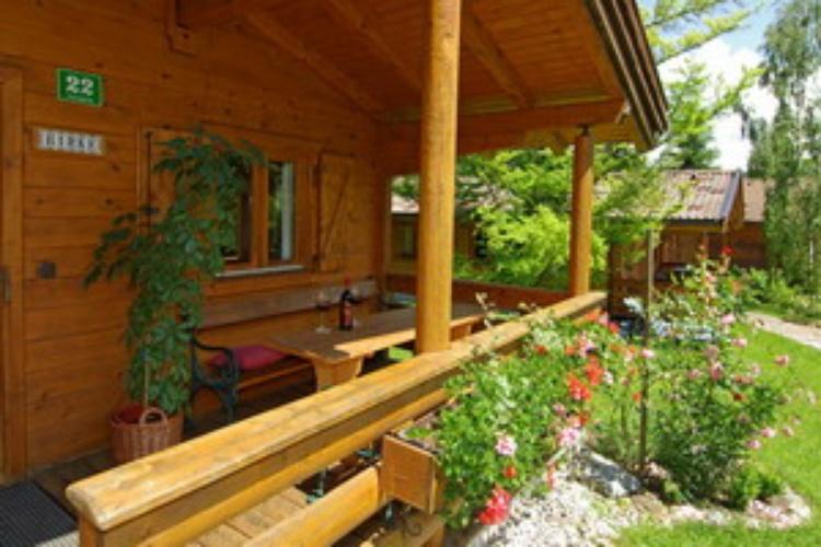 gemütliche Ferienhäuser mit Terrasse