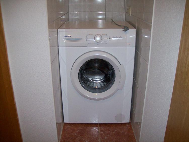 Wohnung II, Waschmaschinenbereich