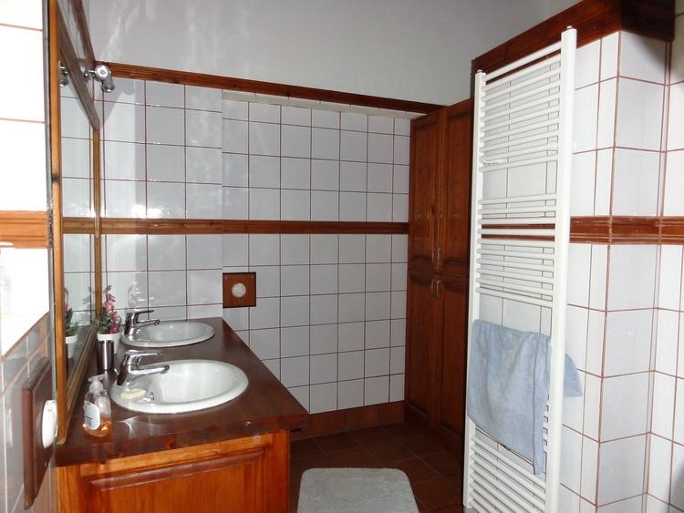 Badezimmer oberes Schlafzimmer