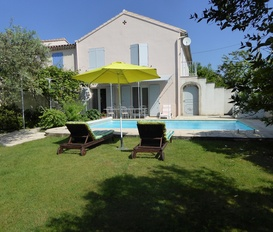 holiday villa Mouriès