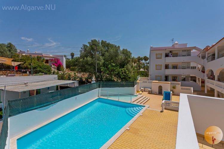Shared pool Carvoeiro holiday apartment