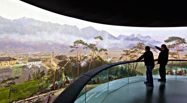 Riesenrundgemälde im Museum Tirol Panorama