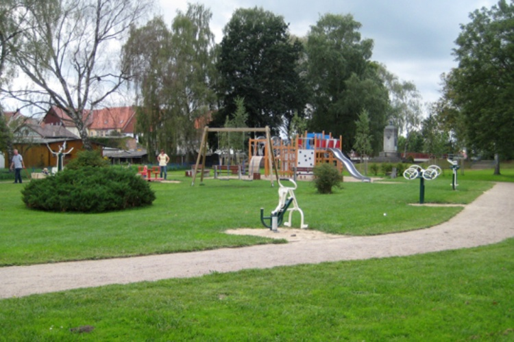 Kinder- und Jugentlichen Spielplatz