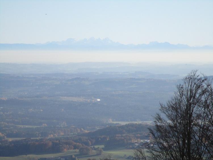 Atemberaubende Aussicht. Bei Fönwetter sind die Alpen zum Greifen nahe!
