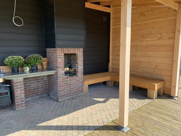 The common patio with fireplace