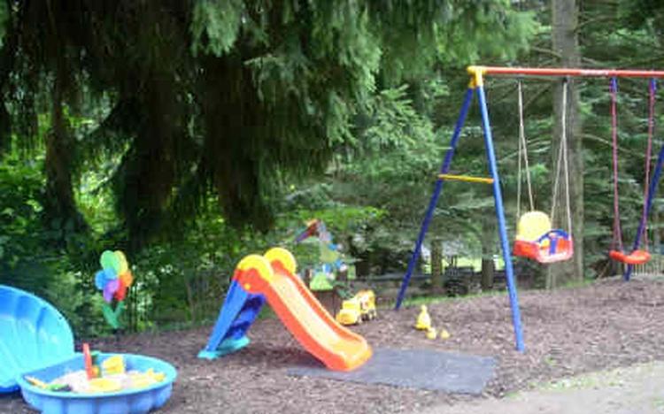 ein Teil von unserem Spielplatz im großen Garten