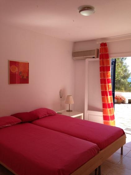 Terrassenzugang von Rotem Schlafzimmer