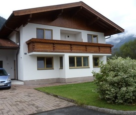 Holiday Apartment Saalfelden am Steinernen Meer