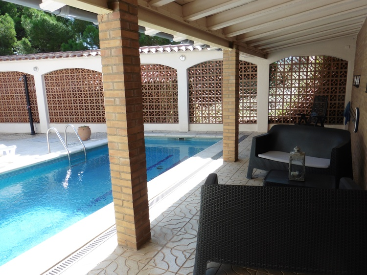 Innenhof mit Pool 7 x 3 m