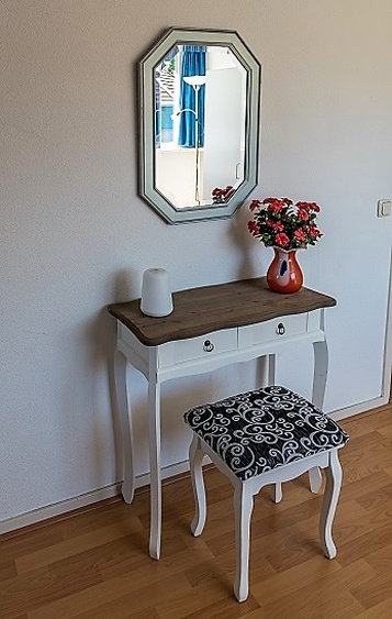 Dressing table in second bedroom