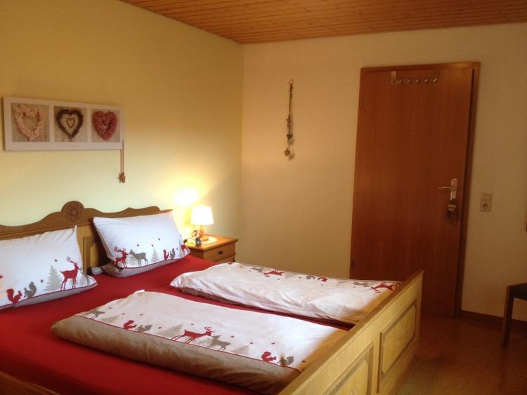 Sleeping-room , 2 Betten