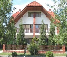 Holiday Home Balatonmáriafürdö