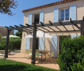 holiday villa LES ISSAMBRES