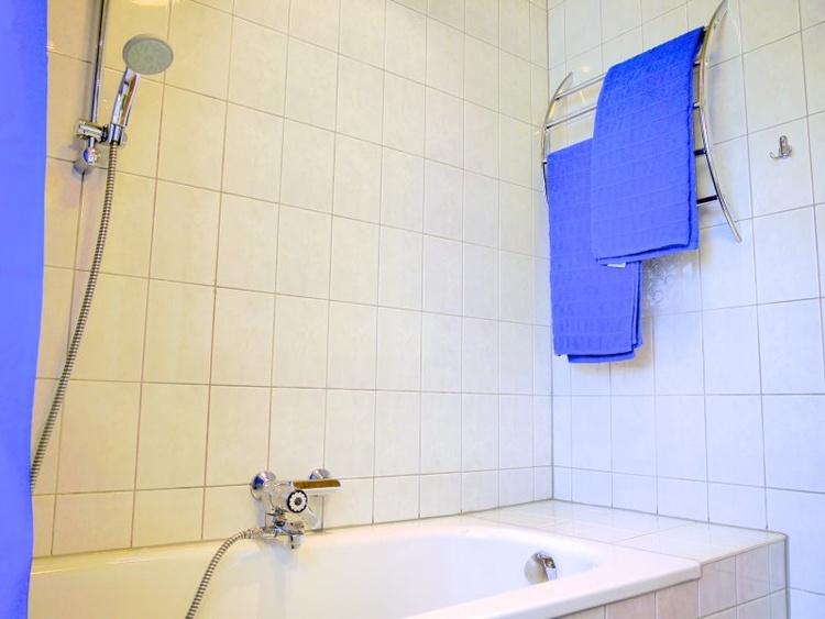 Bathroom with Bath/Shower over