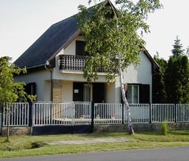 Ferienhaus Balatonmáriafürdö  Hullam 139