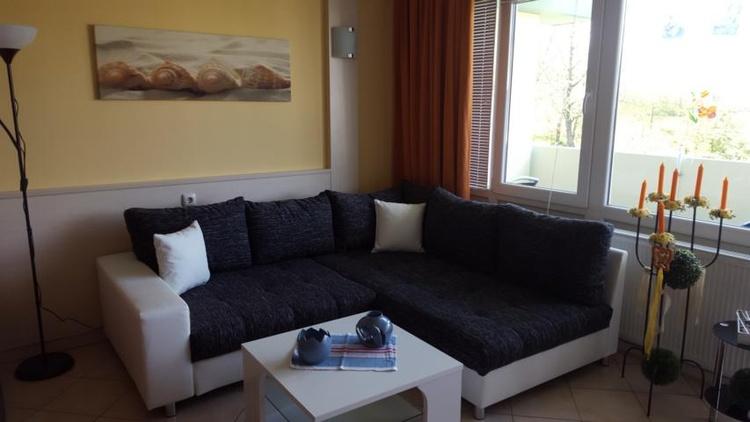 gemütliche Couchgarnitur