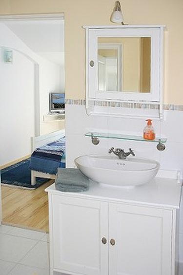 Bad zu Schlafzimmer 2
