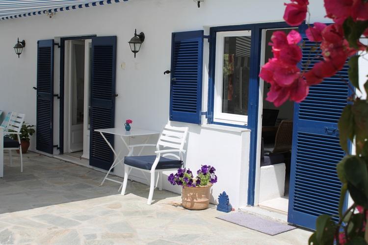 Blick auf Küchen und Wohnzimmer Eingang