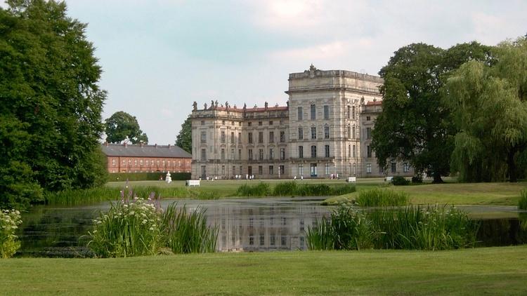 Schlösser in Ludwigslust (Bild), Güstrow, Basthorst, Kaarz ... und alle haben einen tollen Park