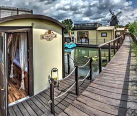 Hausboot Elbe-Parey