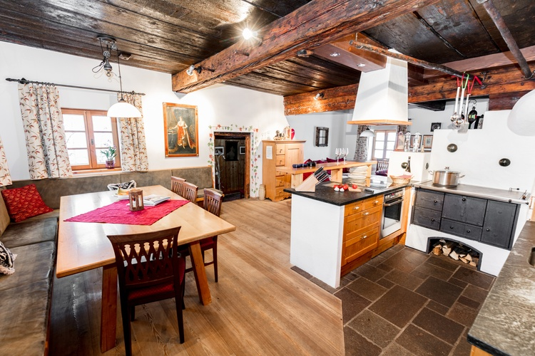 Napoleonvilla Living Kitchen