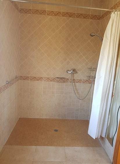 Accessible wet room ensuite