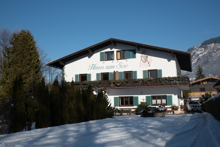 Haus am See in the Winter