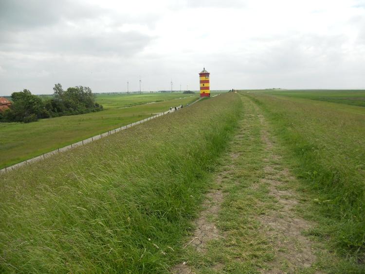 Pilsumer Leuchtturm ( Otto-Turm )